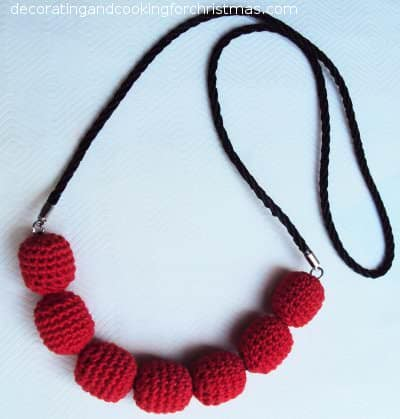 Car Cushion Beads Recycled into a Beautiful Necklace! Accessories Upcycled Jewelry Ideas Wood & Organic