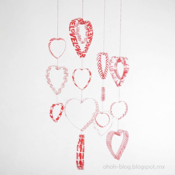Mobile heart with plastic bottles in diy  with Valentines day Plastic heart DIY Decoration