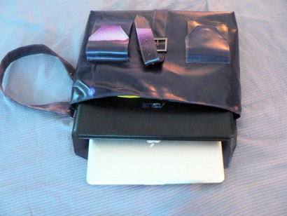 Laptops bag for 13″ and/or 15″ computers – Think really different!