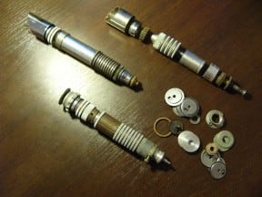 Star Wars Lightsabers concepts made ​​from circular steel scrap