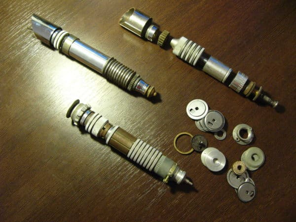 Star Wars Lightsabers concepts made ​​from circular steel scrap Accessories Do-It-Yourself Ideas Recycling Metal