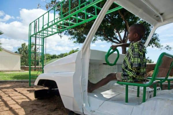 ambulance2 600x399 Ambulance playground in Malawi in social metals architecture with playground Kids car Africa