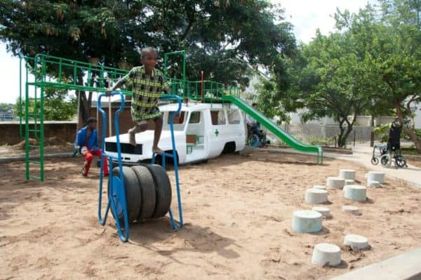 ambulance4 600x399 Ambulance playground in Malawi in social metals architecture with playground Kids car Africa