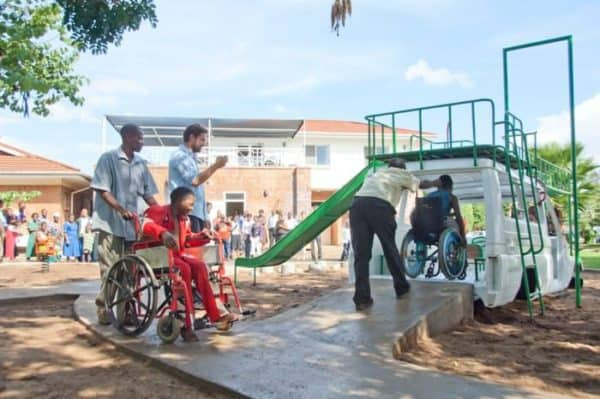 ambulance5 600x399 Ambulance playground in Malawi in social metals architecture with playground Kids car Africa