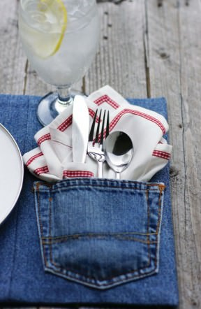 Transform old denim into placemats