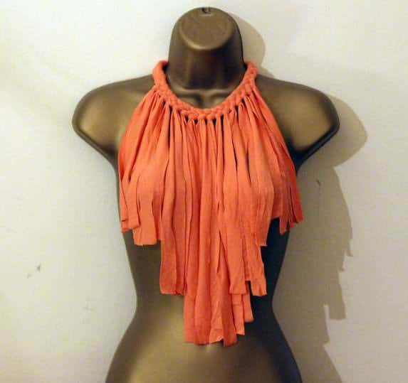 Fabric necklace with fringe Clothing