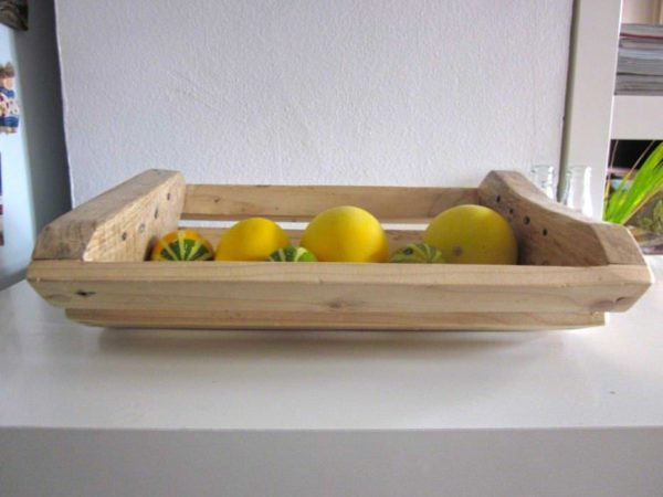 Dish from reclaimed wood in wood pallets 2 accessories  with kitchen dish Bowls