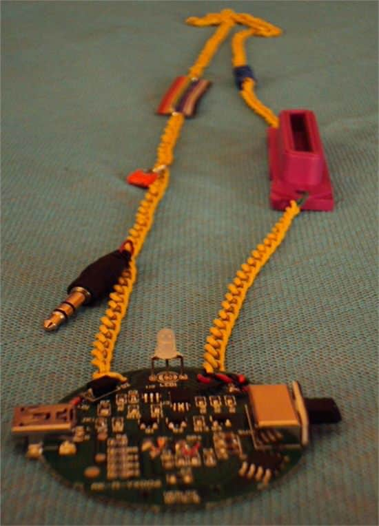 Recycled Electronic Jewels Accessories Recycled Electronic Waste Upcycled Jewelry Ideas