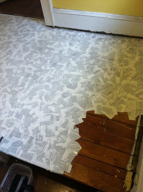How to cover your floor with book pages Do-It-Yourself Ideas Recycling Paper & Books