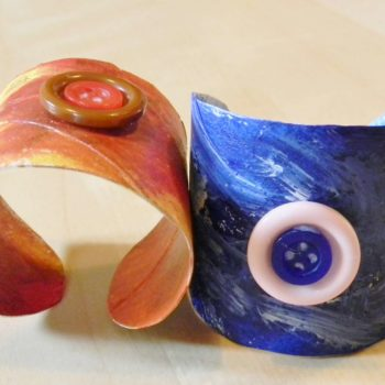 Bracelets with cardboard rolls
