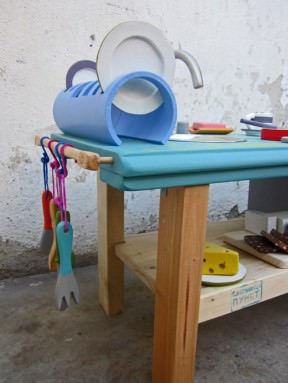 Kid&#8217;s kitchen made out of reclaimed materials