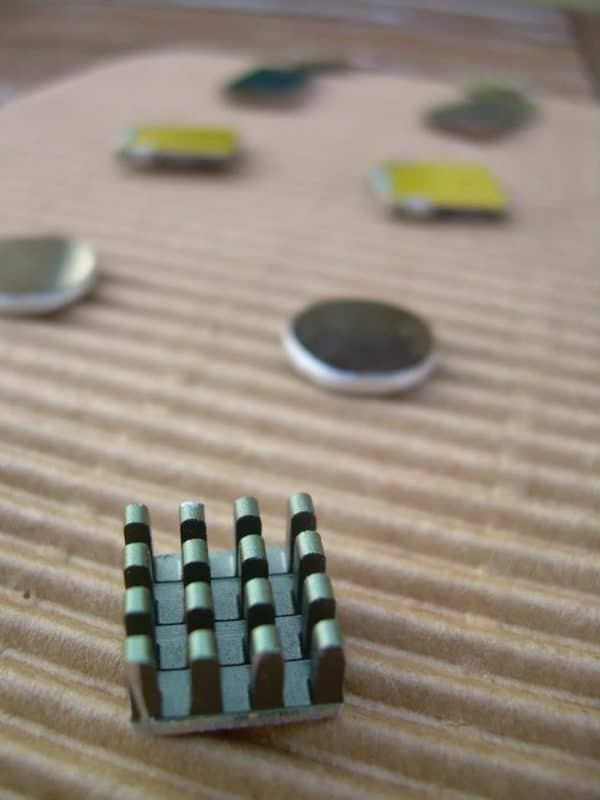 Laklat, the Electronic Jewelry Recycled Electronic Waste