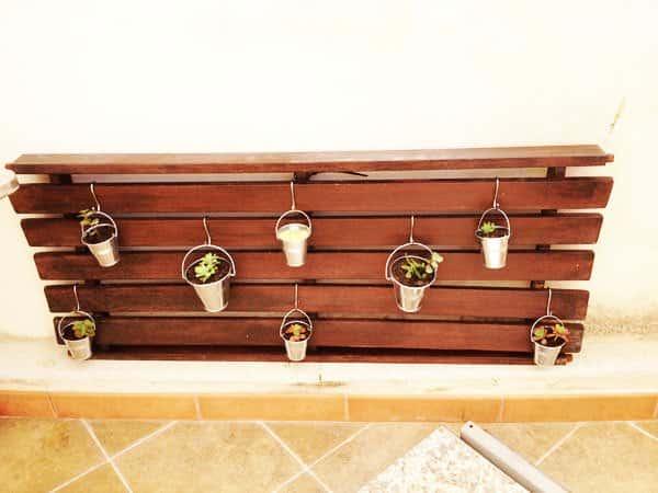 Vertical Garden from Wood-swing Garden Ideas