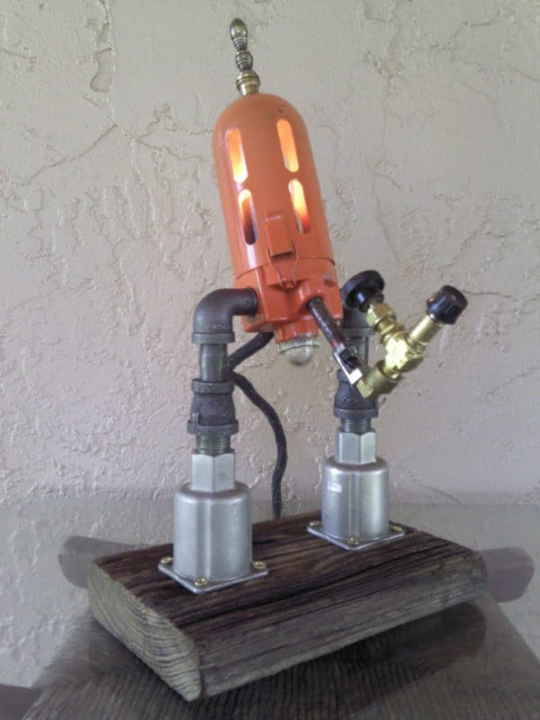 Lighting Decor Made out of Discarded Metals Lamps & Lights Recycling Metal