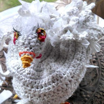 Crochet Sculptured Plarn Chicken Shoulder Bag