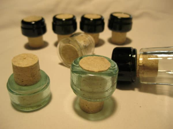 The Glass Stoppers of Ratis Accessories Recycled Glass