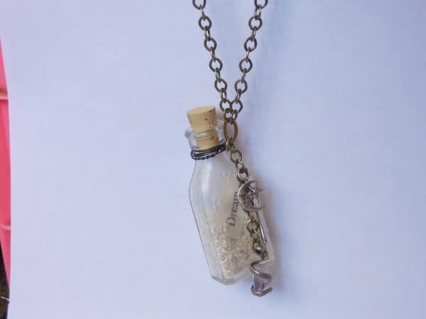 Castaways: Vintage Glass Necklaces Accessories Upcycled Jewelry Ideas
