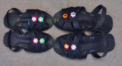 Peruvian sandals made from tyre