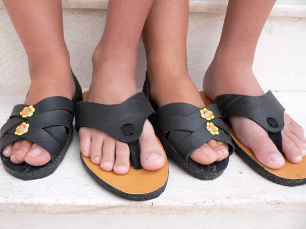 Peruvian Sandals Made from Tyre Accessories Recycled Rubber