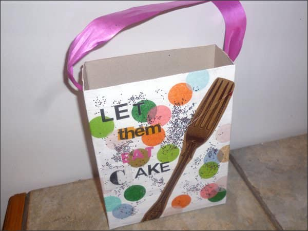 Upcycled cereal box in diy  with upcycling DIY cereal box bag