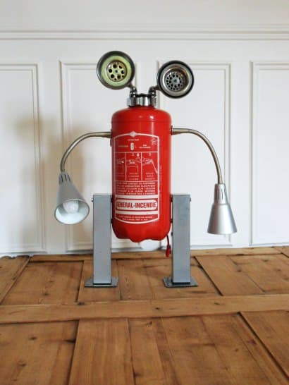 Robot lamp made with a recycled fire extinguisher