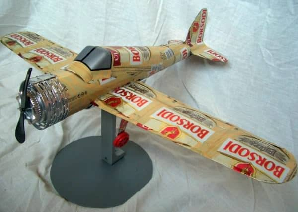 Luke Skywalker Spaceship and aircrafts made from beer cans in packagings diy  with star wars Spaceship Cans Beer
