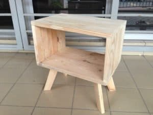 Pallets Bed Side Table