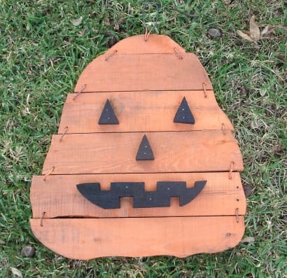 Pumpkins made from wodden pallets