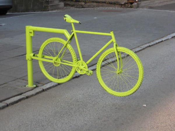 Bike Fence Bike & Friends