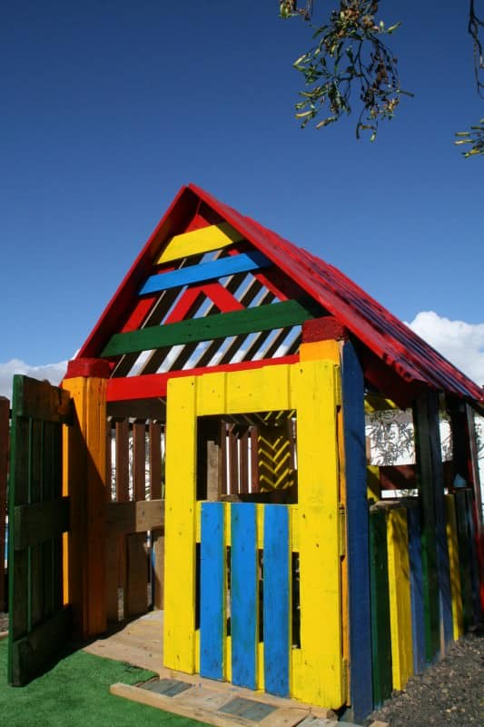 Pallet house Recycled Pallets