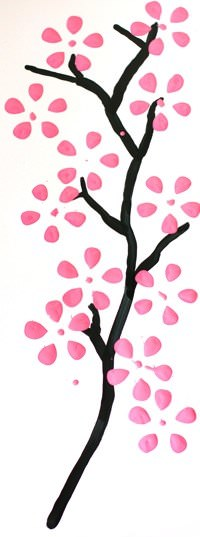 Cherry blossom art from recycled plastic bottles Do-It-Yourself Ideas