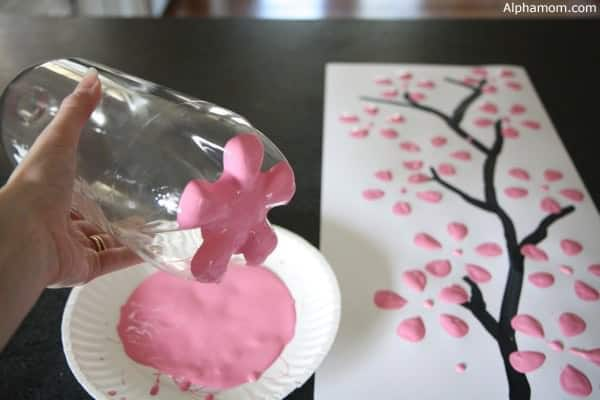 Cherry blossom art from recycled plastic bottles in diy  with Recycled Plastic Painting Bottle