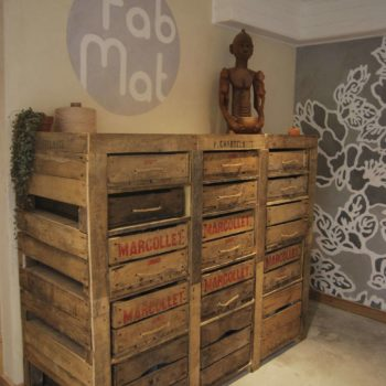Upcycled pallets and apple wood box