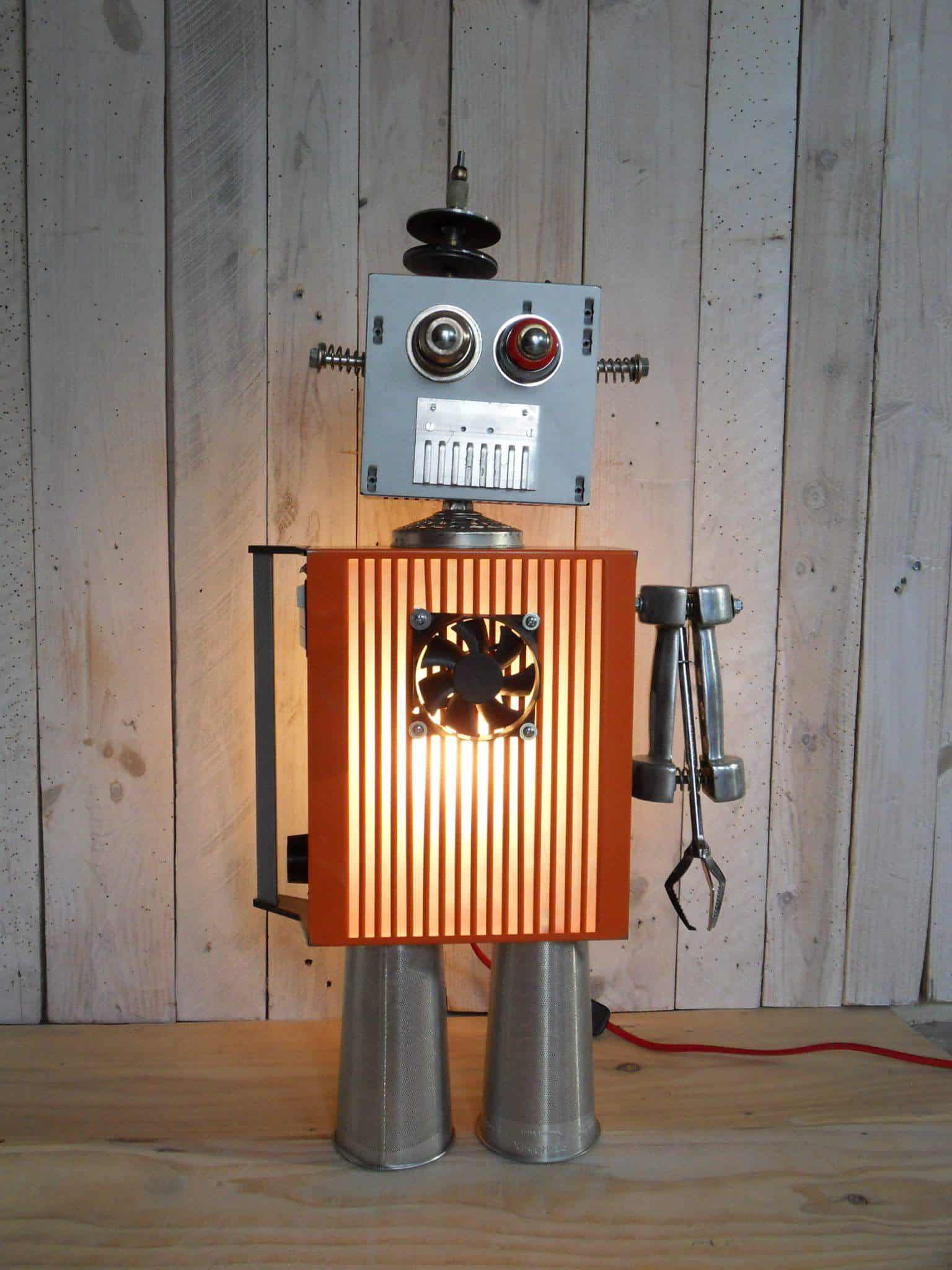 Robot Lamps Made With Recycled Parts