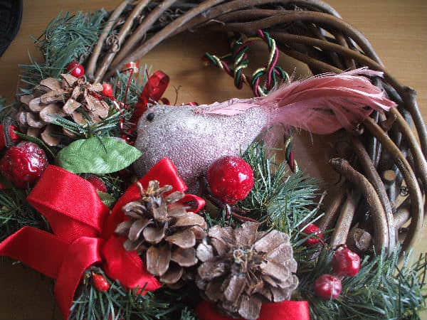Ollie's Magical Retro Christmas Wreath Accessories