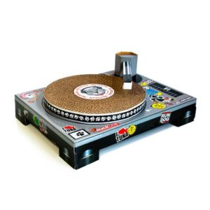 Cat-DJ-Scratching-Deck-by-Suck-UK-0