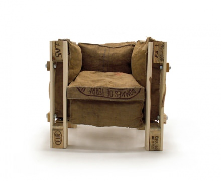 "Iconic ""Le corbusier"" chair made out of junk materials"