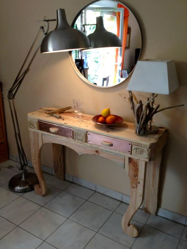 Winner of our autumn contest : pallet console  in pallets 2  with upcycled furniture Upcycled reclaimed pallet copper