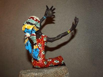 Papier-mâché art – African woman