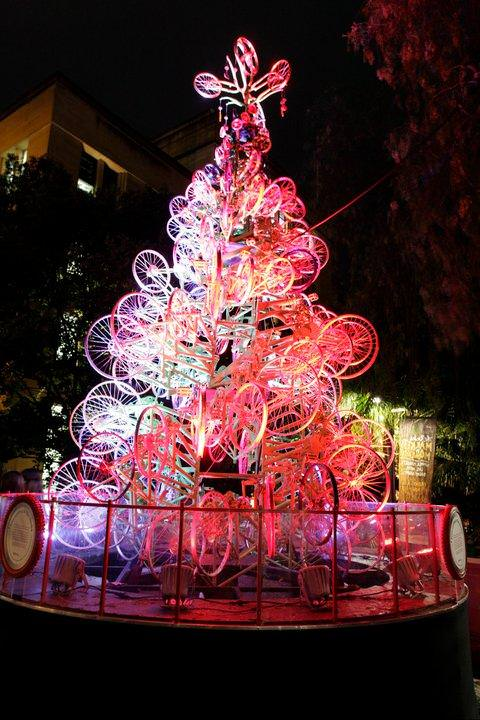 10 Amazing upcycled Christmas trees from all around the world in art  with Upcycled Recycled Christmas
