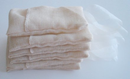 DIY: Saquitos de olor para los armarios / Smell sachets for closets