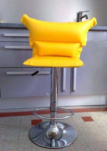 Inflatable beach mattress stool