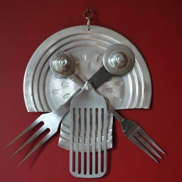 Skull tur in art metals  with Upcycled skull Sculpture Recycled Metal iron Handmade DIY