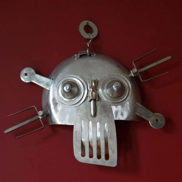 Skull tur in metals art  with Upcycled skull Sculpture Recycled Metal iron Handmade DIY