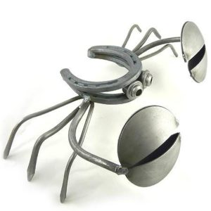 Horseshoe-Crab-Recycled-Metal-Outdoor-Sculpture-13-0
