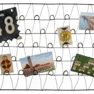 Large-Recycled-Rusty-Wire-Wall-Mounted-Photo-Card-Holder-or-Memory-Board-0