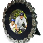 Recycled-Bicycle-Chain-Round-Picture-Frame-0