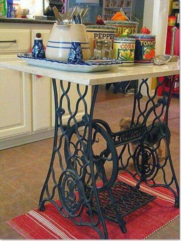 60 Ideas To Recycle Vintage Sewing Machines Recycled