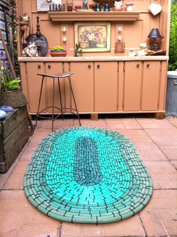 Recycled Hoses into Garden Mat Recycled Ideas Recyclart