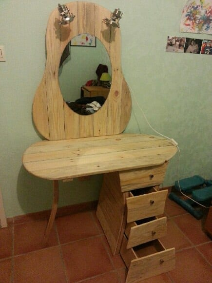 Pallets dressing table Recycled Pallets